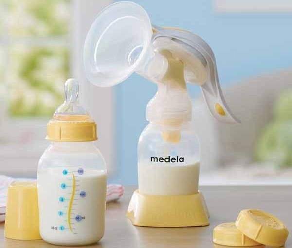 may-hut-sua-medela-1