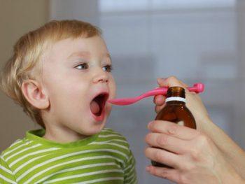 Vì sao cần bổ sung canxi cho trẻ sơ sinh